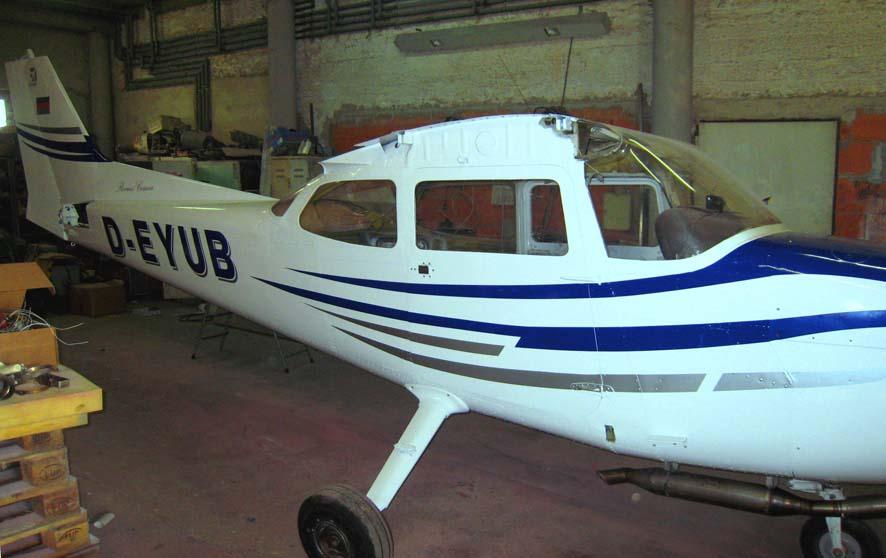 Flugzeugbeschriftung-1